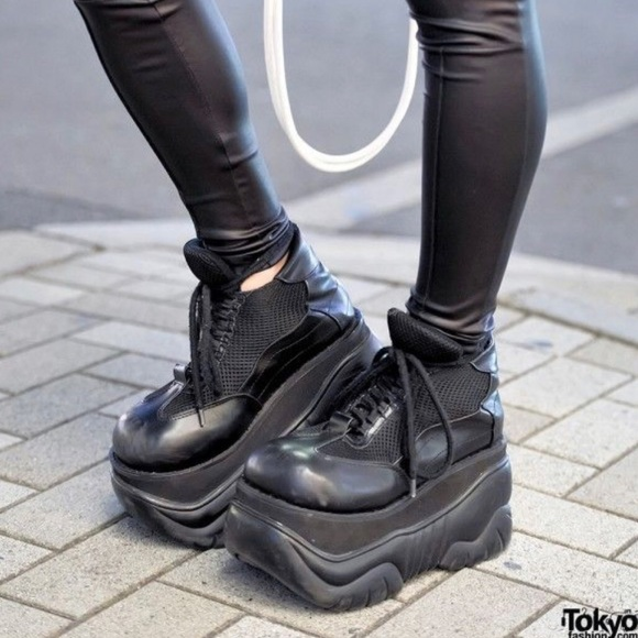 Demonia Shoes   Demonia Boxer Platform